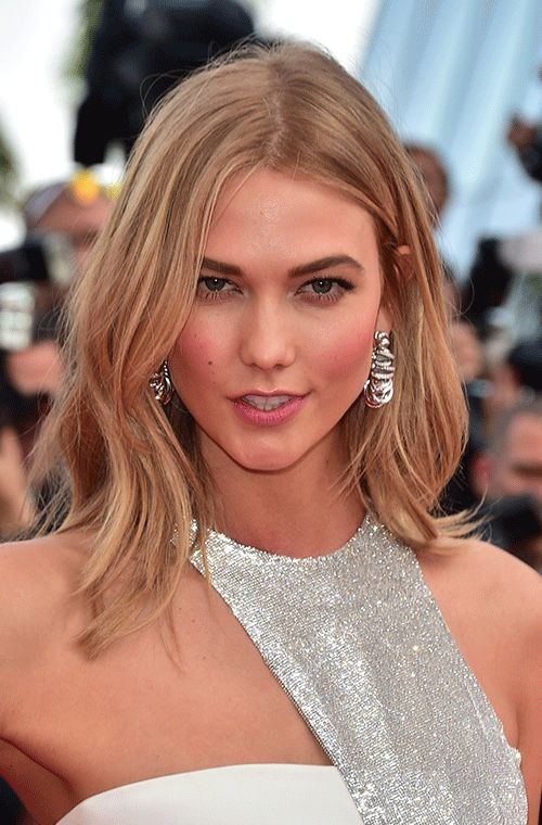 12_fmodel_karlie_kloss_attends_the_opening_ceremony_and_premiere_of_la_tete_haute_standing_tall_during_the_68th_annual_cannes_film_festival_1al7oop-1al7orb